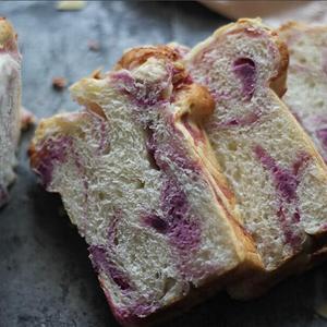 无添加紫薯奶酪吐司